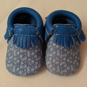 Freshly Picked Blue Daisy Moccasins